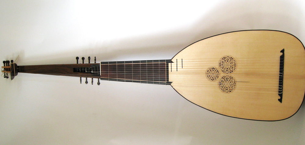 Blackbird String Arts Lute